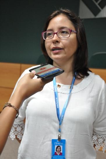 Maria Claudia sendo entrevistada por Karolyne Paresqui / Foto: João Vitor Gomes