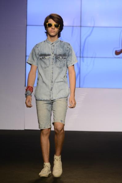 Total jeans na Apressadinho (Foto: Cloves Louzada)