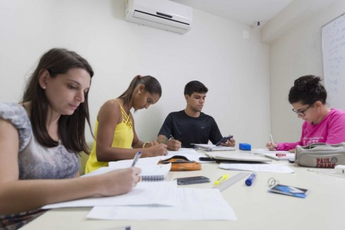 Cabine de estudos em grupo / Foto: site oficial da Faesa