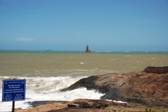 Visão da praia na parte inferior do Farol.