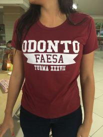 Camisa do curso de Odontologia.