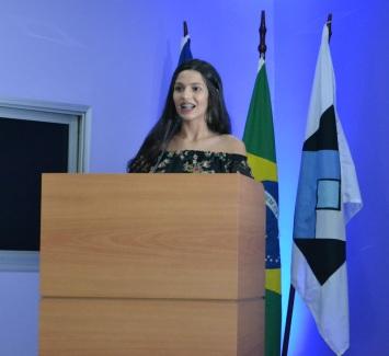 Anna Luiza Riva, representante dos alunos homenageados