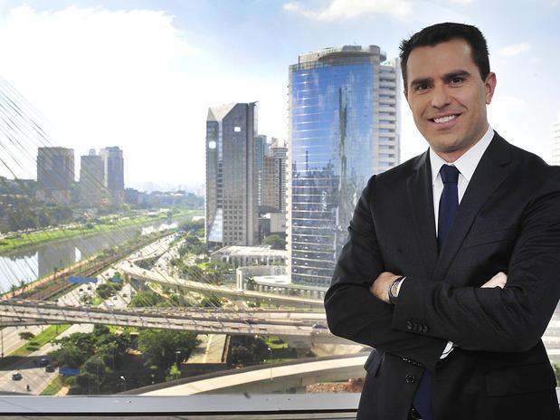 Rodrigo Bocardi nos bastidores da Globo