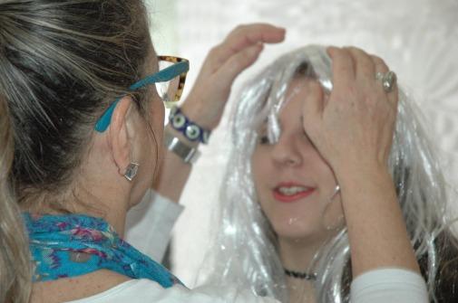 Professora de Design de Moda, Juliana Zucolloto também participou da dinâmica / Foto: Victória Souza