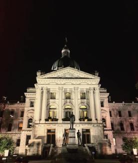 Senado e Advocacia Geral do estado de Indiana / Foto: Chad M. Blanton
