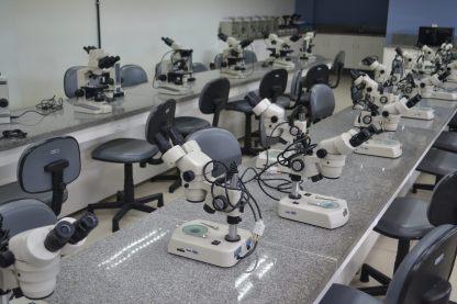 Laboratório de Biologia da Faesa