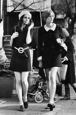 mulheres nos anos 60 com muita elegância
