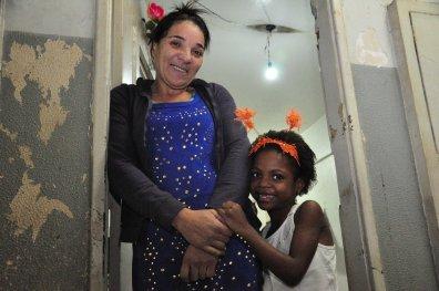 Moradora do quarto andar do prédio / Foto: João Vitor Gomes