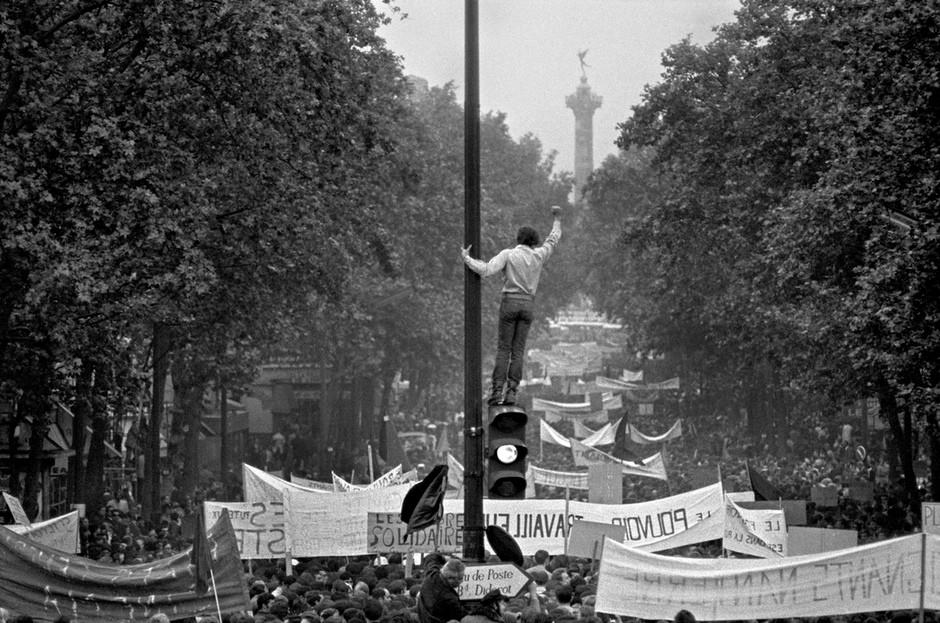 Paris-1968-France-protest-003