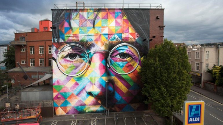mural de imagine dos beatles