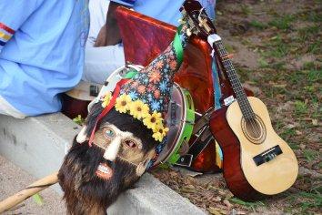 Instrumentos que compõem o evento da folia de reis