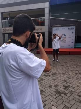 Aluno fotografando os eventos / Foto: Mirella Bravo