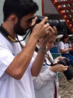 Alunos fotografando os eventos / Foto: Mirella Bravo