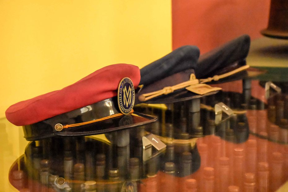 Objetos do acervo de memórias do Museu Vale em Vitória - Espírito Santo, por instrução da professora Zanete Dadalto, para obtenção não somente de nota, mas de conhecimento de técnicas de fotografia, e evolução profissional na área / Foto: Dhienyfer Freitas