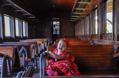 Bebê Ellen, visitante do Museu, na Maria Fumaça do Museu Vale / Foto: Gusthavo Ferreira